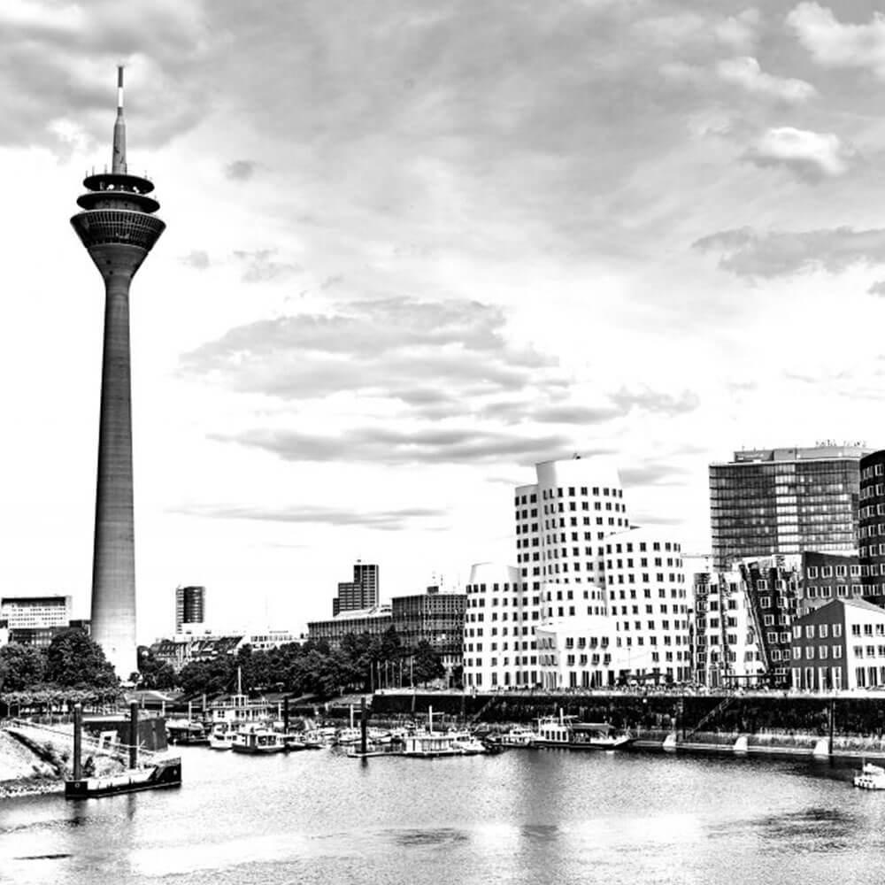 Bild von Duesseldorf mit Blick auf den Medienhafen
