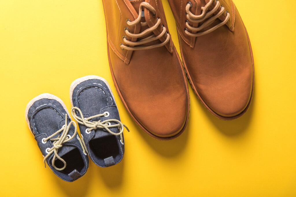 Schuhe Papa und Sohn